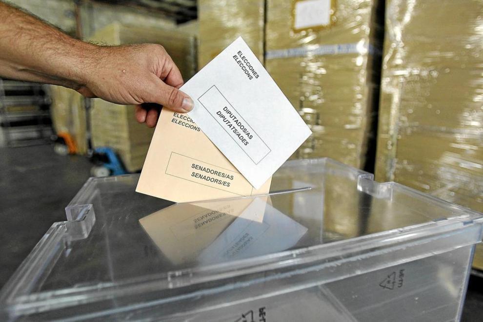 Urnas de votación en el régimen de partidos estatales