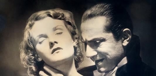 Vampiro a punto de morder a una mujer