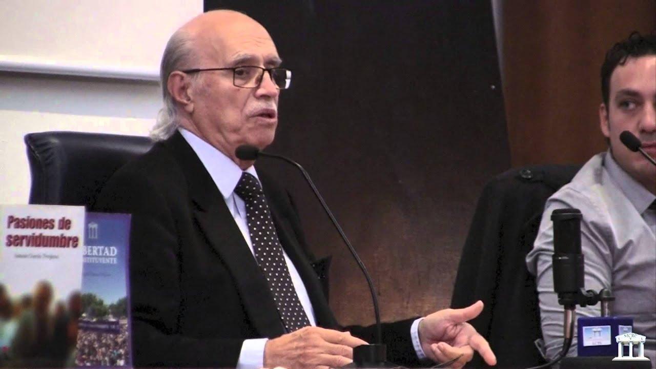 García-Trevijano durante una conferencia en Valencia