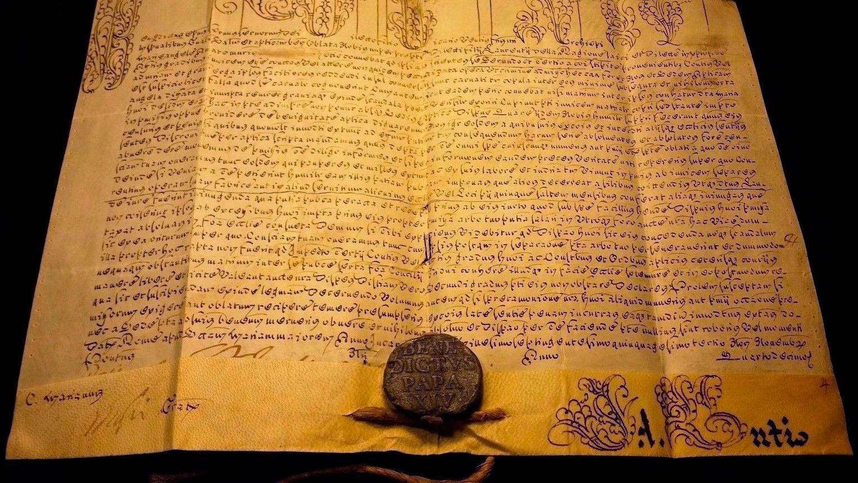 Manuscrito de 1753 con una bula papal